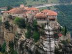 meteora 25 minutes away distance from the house