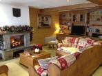Garden Apartment,Chalet Champêtre, lounge, log fire, satllite TV, DVD, ipod players books & games