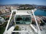 Noria con panorámica de Málaga