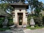 Entrance Gate, Murni's Houses, Ubud, Bali