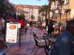 Plaza with numerous bars and restaurants with top quality dining, only 15-20 min walk.
