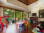 Villa San - Set up for children