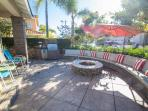 Front yard courtyard, natural gas fire-pit, BBQ and  refrigerator ..!!!