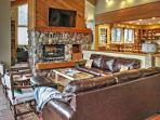4BR Snowmass house w/ Private Hot Tub and Views!