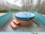 Hot tub located outside the Master Bedroom. See the stars in this open aired hot tub.
