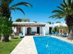 Villa Farida - Pool area