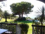 Appartement F3 pour 4/5 personnes dans jardin et piscine 17 x 7 avec vue sur golfe Ajaccio