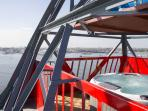 Heated SPA POOL on top deck