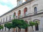 Ayuntamiento de Sevilla a 100 m