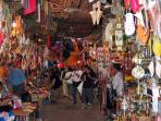 Souk et Ancienne Médina (Artisanat Marocain et Bazars) à 10 min en Tram / Taxi
