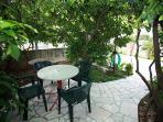 A2 SMEĐI(2+2): garden terrace