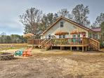 Escape to the peace of this lovely Midway vacation rental house