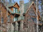 Highlands Mountain Lodge is a one- of- a- kind mountain retreat!