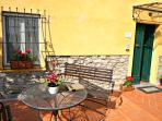 Entrance to the Casa del Pretorio and ground floor patio
