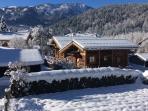 Les chalets du bonheur en vallée de Chamonix Les chalets sous la neige.