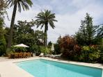 pool, garden, outdoor dining and sun loungers