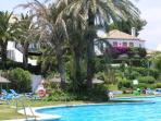 Huge communal swimming pool - 1 min walk