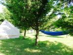Large play tent& hammocks