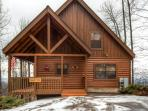 Beautiful cabin located in Wears Valley near Pigeon Forge