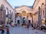 Peristil in Split