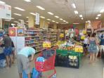 Il vicino Supermercato  (100 metri dalla villa)