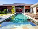 Arte,Luxury 3Bed Villa,Large Pool,Central Seminyak