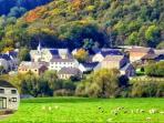 Le hameau rural de Xhignesse logé dans la verdure. 5' de HAMOIR - AYWAILLE - 20' de DURBUY - LIEGE
