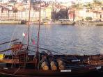 Ribeira e os Barcos Rabelos que transportavam o vinho do porto