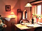Empore mit Essbereich -Mezzanine with dining area