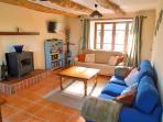 Spacious dual aspect living room