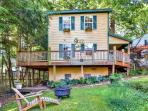 Choose this delightful Asheville vacation rental cottage for your next North Carolina getaway!
