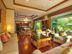 Living room facing the private swimming pool