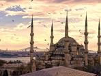 central location 5 minutes walking distance to Blue Mosques