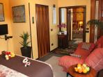Satellite-TV-in-Venice-Holiday-Apartment