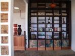 Bookshelf/Art display