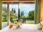 Kushu Cottage - Norfolk Island's Honeymoon & Anniversary Cottage - Ocean Views from Bed