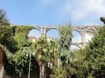 OS Garden - Maison de Charme - L'acquedotto, un tempo parte del giardino