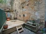 Courtyard garden - a real rarity in Sarlat centre.