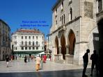 Pjaca square, 6 min walking from the room