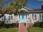 Charming  Blue Door cottage in the village of La Jolla
