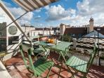 LAST MINUTE OFFER - Terrace in the 1st district
