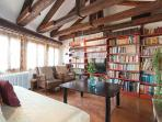 Bright Living Room with original woodden beams wide library wifi and stereo -Altana Albachiara