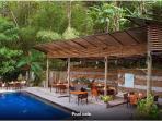 Pool Restaurant+Bar