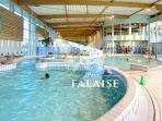 Swimming pool in Falaise