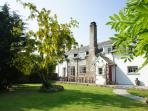 Huge Devon Longhouse, perfect for families and friends, dog friendly self catered house