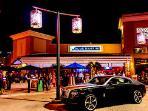 Mercato near the house - night life, shopping, restaurants, movie theaters
