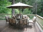 outdoor dinning at is best!!