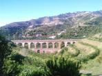 Tramo de Acueducto en la Vega