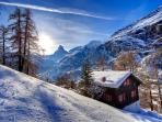 Completely surrounded by unspoiled nature, make your own footsteps in the pristine snow