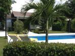 Piscine privée et villa
